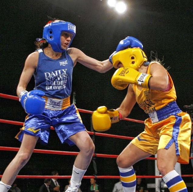 New york amateur golden gloves boxer